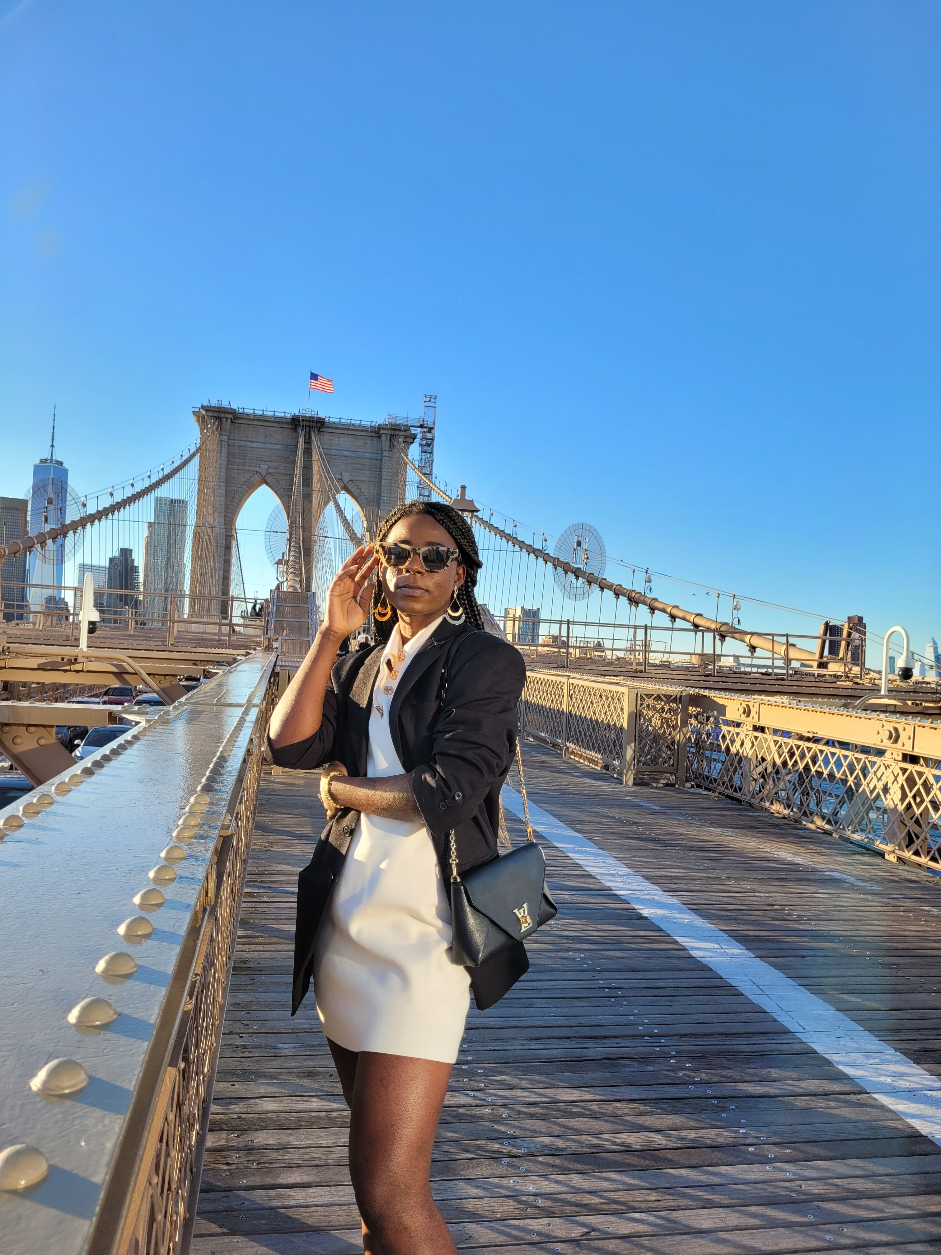 8 Classic pieces I re-wear every fall for timeless fall outfits.